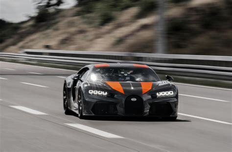 In a nutshell, the entire run was nothing short of exhilarating. Bugatti Chiron Super Sport 300+ vs. Koenigsegg Jesko Absolut, le comparatif des voitures les ...