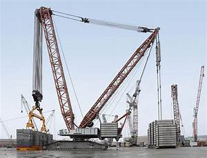 Tallest crawler crane in the world assembled at the ...