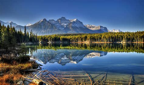 Alberta Holidays Canada Canadian