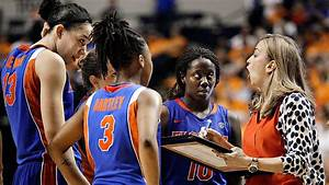 Florida Gators fire women's hoops coach Amanda Butler