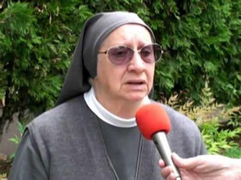 via crucis testi papa francesco quot testi della via crucis al colosseo