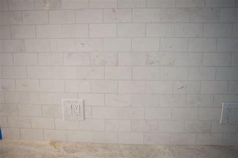 backsplash taj mahal counter  daltile subway tile