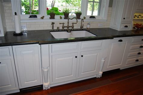 Kitchen Cabinet Guide .. Pros and Cons of Local Custom