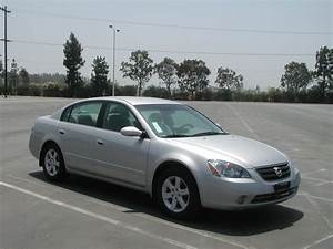 2002 Nissan Altima - Information And Photos