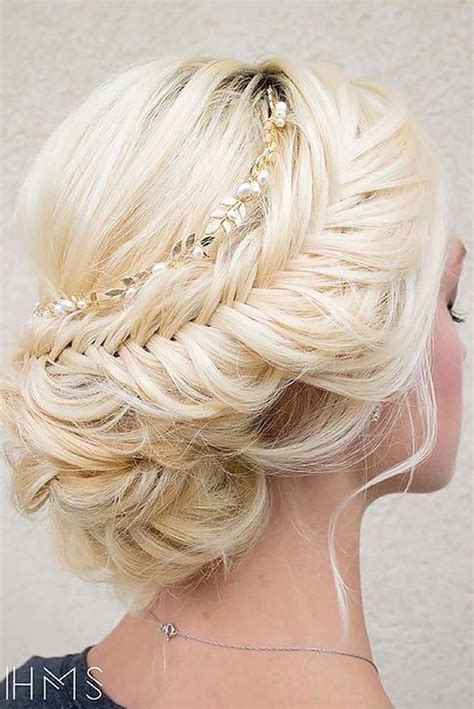 wedding hairstyles  top hair ideas   brides dipped  lace