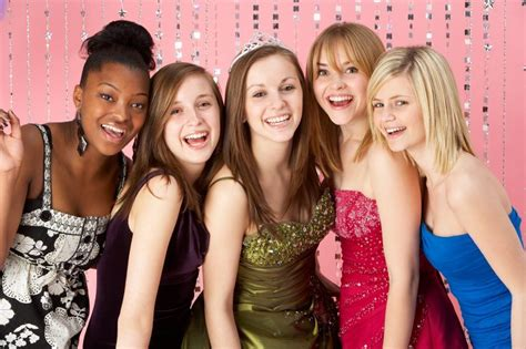 Akron Ohio High School Girls Treated To Prom Dresses
