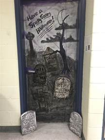 thoughts from the art room halloween door decorating
