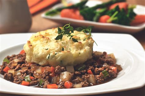 cottage pie easy easy vegetarian free cottage pie recipe quorn