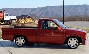 1994 Nissan Hardbody  3 000