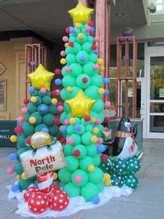 how to make a balloon christmas tree 1000 images about balloondecor on