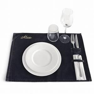 Set De Table : set de table personnalis une id e de cadeau original amikado ~ Teatrodelosmanantiales.com Idées de Décoration