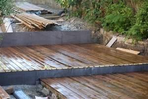 comment construire une terrasse bois myqtocom With comment poser une terrasse bois