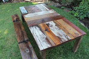 The stylish reclaimed wood table silo christmas tree farm for Barnwood outdoor table