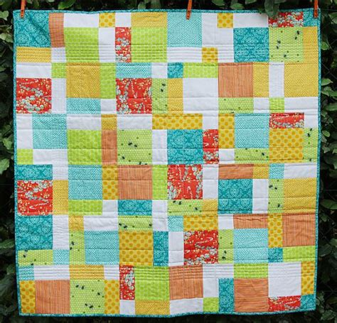 easy baby quilt patterns 10 easy baby quilt patterns that stitch up quickly quilt