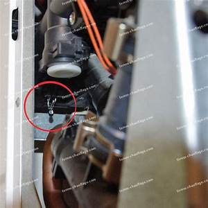 Changer Un Chauffe Eau : chauffe eau fuite fabulous technologie aci hybride sur ~ Dailycaller-alerts.com Idées de Décoration