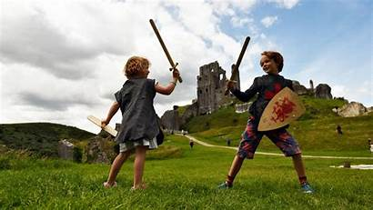 Learning Sword Fighting Ready Places History Inspire