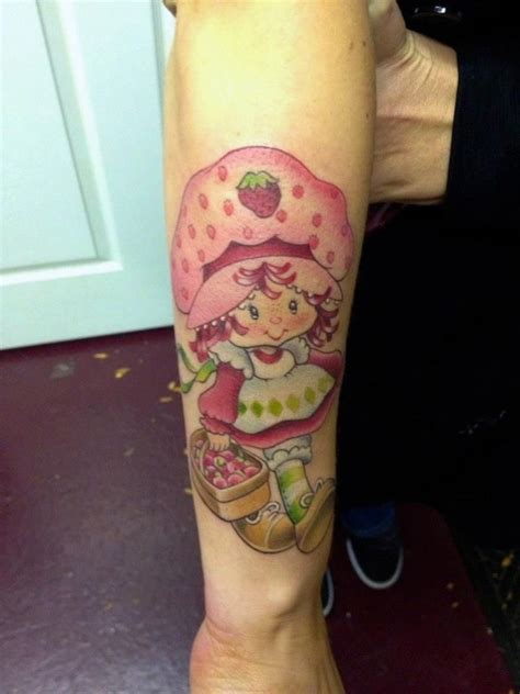 strawberry shortcake tattoo    strawberry