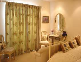 Cheap Bedroom Curtains : How High to Hang the Bedroom Curtains ? Editeestrela Design