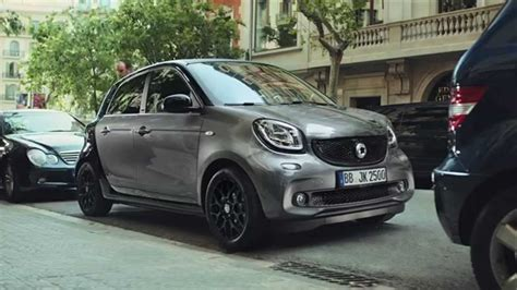 smart forfour werbung anuncio smart forfour 2016 parking