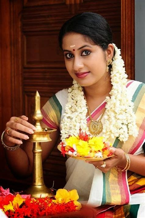 malayalam in saree traditional dresses actresses search and saree