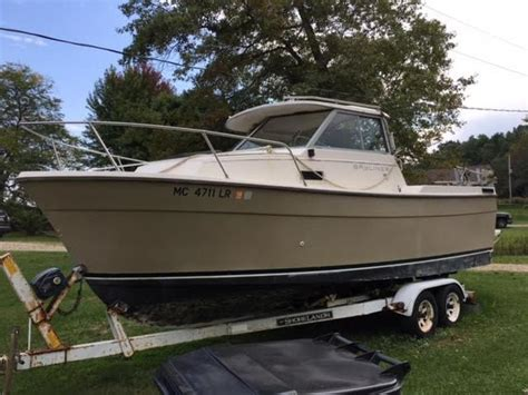 Bayliner Trophy Diesel Boats For Sale by 1984 Bayliner Trophy Powerboat For Sale In Michigan