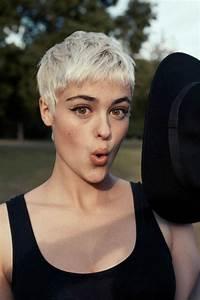 Coupe Courte De Cheveux Femme : 114 magnifiques photos de coiffure courte coupes cheveux courts coiffures cheveux courts ~ Dallasstarsshop.com Idées de Décoration