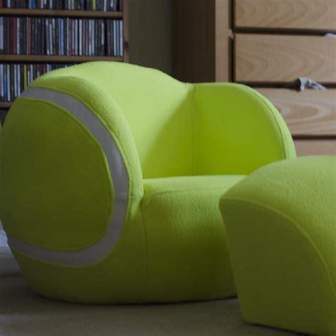 fauteuil en forme de cadeaux 2 ouf id 233 es de cadeaux insolites et originaux un fauteuil pour enfant en forme de