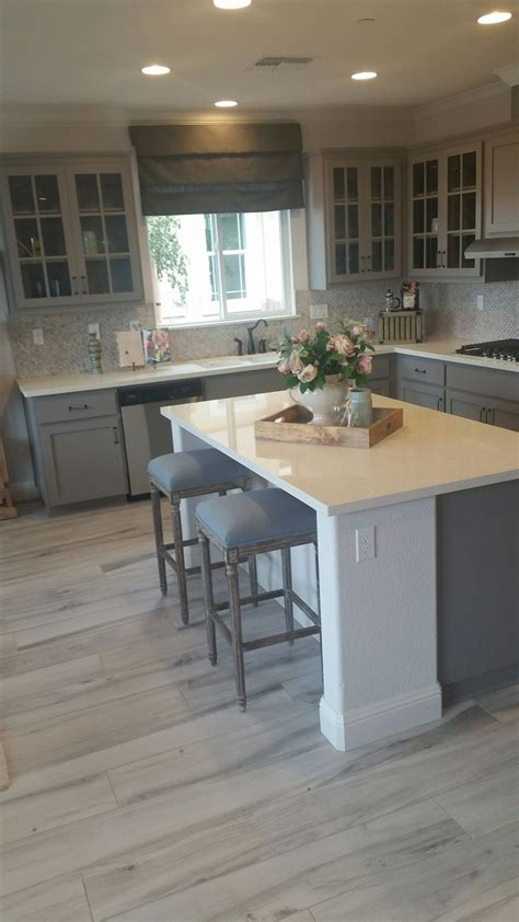 gray kitchen cabinets with hardwood floors best 25 gray kitchen countertops ideas on