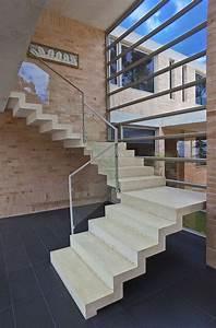 Beton Streichen Außen : betontreppe versch nern robust im innen wundersch n im ~ Lizthompson.info Haus und Dekorationen