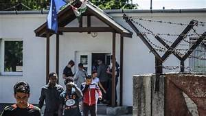 Hungary MPs approve border fence and anti-migrant law ...