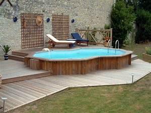piscine hors sol bois idees et conseils pour votre jardin With exceptional terrasse en bois pour piscine hors sol 2 enterrees hors sol semi enterrees des piscines bois
