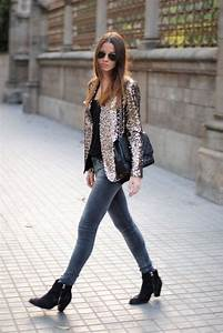 How to Wear Sequin Blazers and Jackets | WardrobeLooks.com