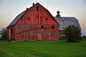 big red barn this old barn has a l shaped wing on one With big barn shed