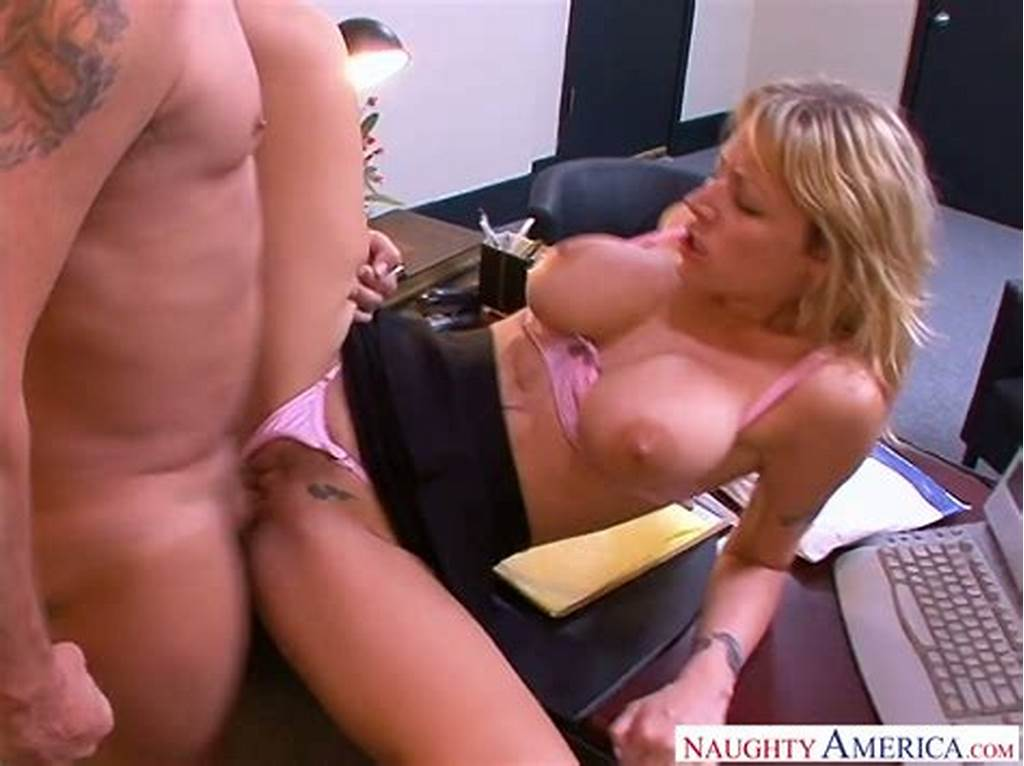 #Secretary #Helps #Her #Boss #To #Reduce #Stress #Using #Her #Huge