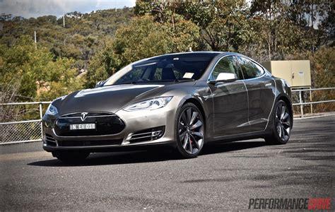 2015 Tesla Model S P85d Review (video) Performancedrive