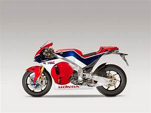 Racing Caf U00e8  Honda Rc 213v