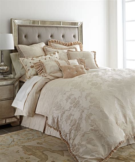Designer Bedding  Designer & Luxury Bedding Sets