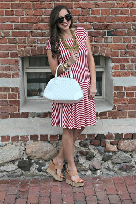 shabby apple globetrotter tote red white stripes saltwater and stilettos