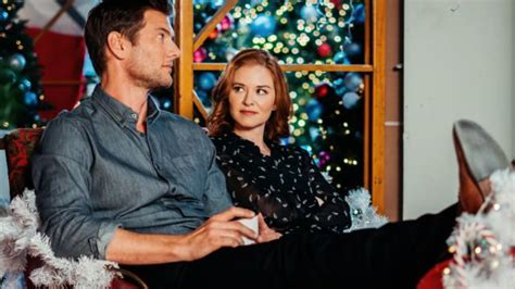 christmas holiday schedule lifetime twinkle
