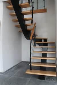 Escalier Metalique Bois by Escalier Tournant Un Quart Escalier M 233 Tallique Et Bois
