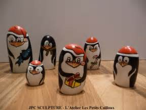 Galets Peints Noel by Artisanat D Art Galet Peint Quot Pingouin De No 235 L Quot Ref N