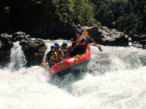 learned rafting  kicking horse river