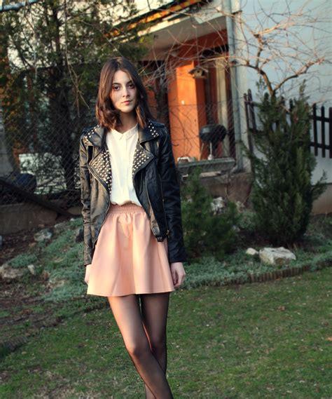 Fashion feminine yet edgy outfit   Fashion u0026 Outfit Inspiration   Pinterest   Feminine Fashion ...