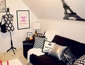 ROOM DECOR HAUL/ Mini living room tour! - YouTube