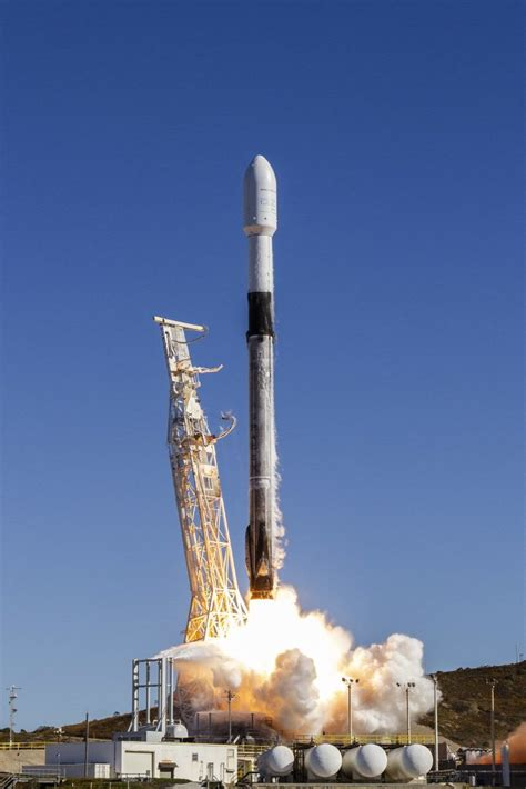 Spaceflight Inc. Signs Multi-Launch Agreement with SpaceX ...