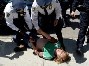 Police Officer Arresting People | www.pixshark.com ...