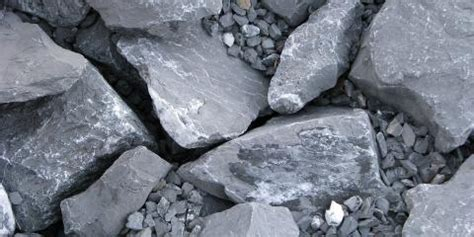 choosing the gravel for paver foundation cincinnati