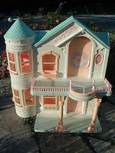 barbie   eco friendly dream house urbdezine
