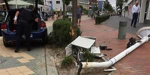 Scharbeutz Promenade 1 : poller stoppen blut berstr mten autofahrer auf ~ Orissabook.com Haus und Dekorationen