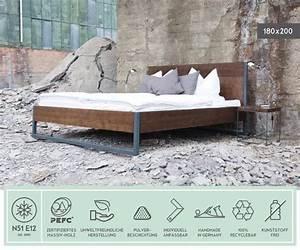 Bett Industrial Design : original massivholz bett made in n51e12 made in germany designklassiker inspiriert vom ~ Sanjose-hotels-ca.com Haus und Dekorationen